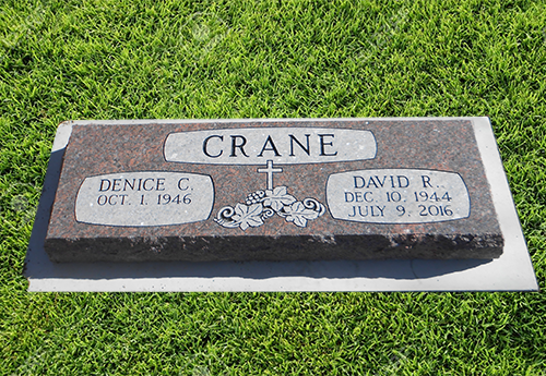 Double Headstone Flat Grass Marker West Chestnut